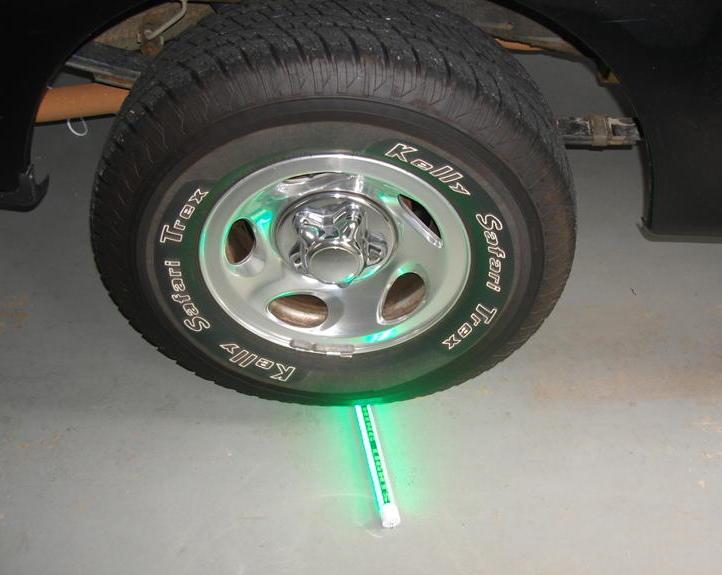 "Hydro Glow LED 24"" Bait Light"