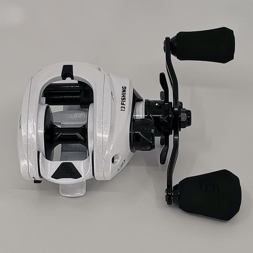 NEW 13 FISHING CONCEPT C2 8.3:1 LEFT HAND CASTING REEL